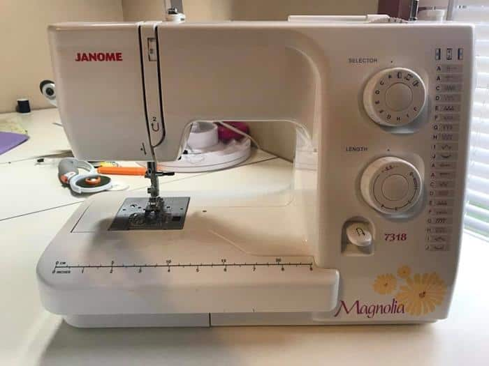 Review Janome Magnolia 40 Sewing Machine December 40 Extraordinary Janome Magnolia 7318 Sewing Machine